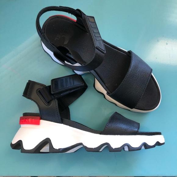 doc n mark sandals